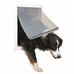 Дверцы для кошек и собак
